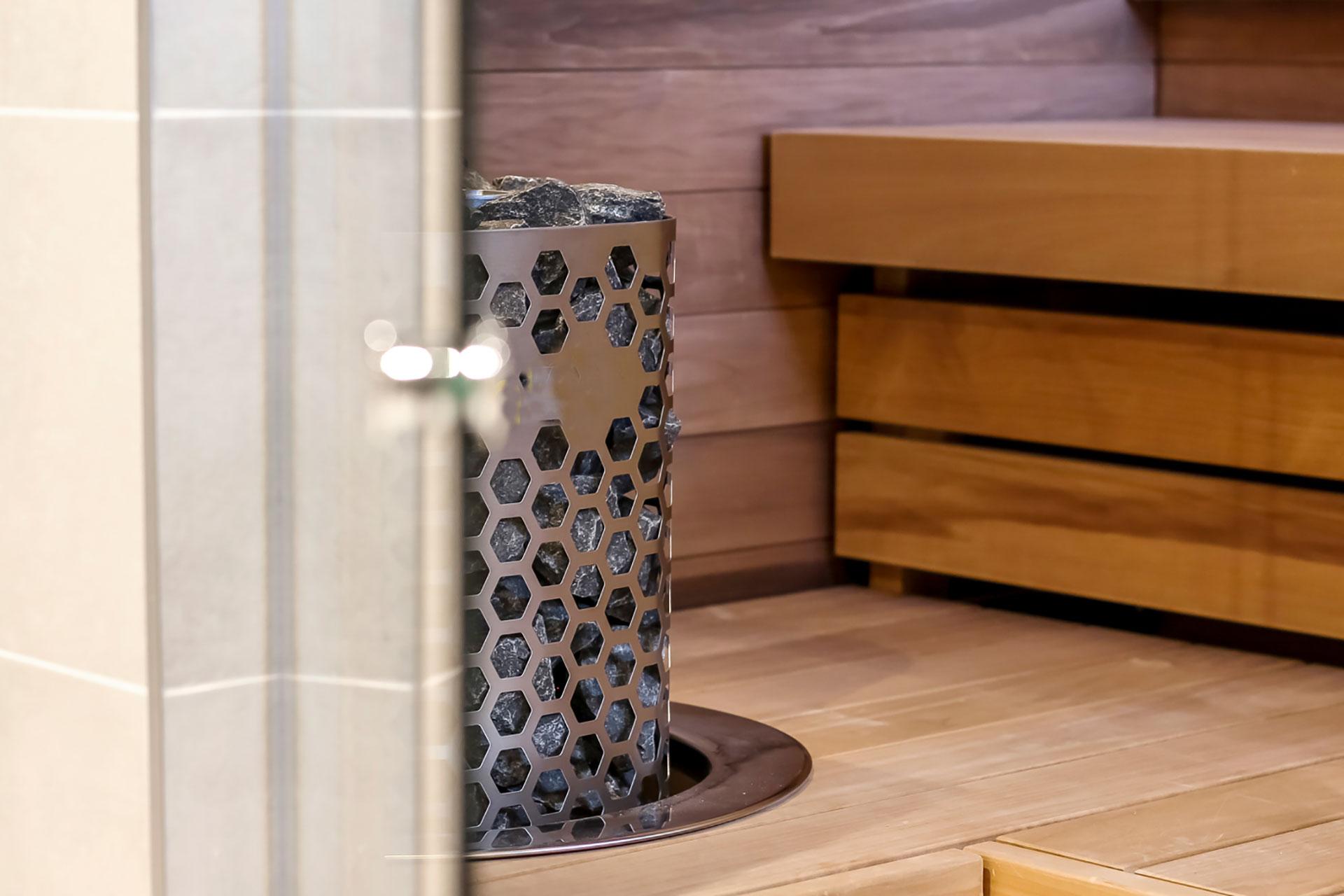 Uudet ja modernit vuokrattavat saunatilat Espoossa Hotel Mattsin kattokerroksessa!