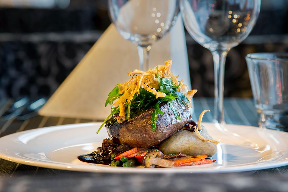 Nauti maukas illallinen ravintola Frejassa, Espoossa.