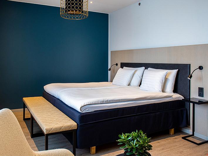 Hotel Mattsin huone Espoon Matinkylässä.
